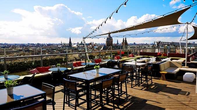 Mooiste rooftopbars van nederland voor zonnige dagen - Dakterras restaurant ...