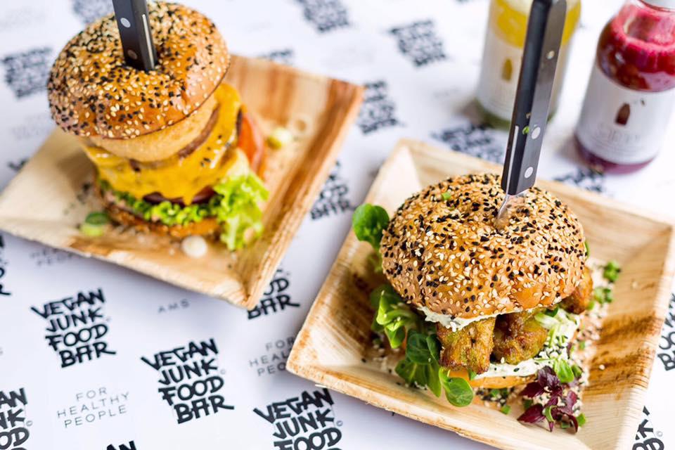 Eerste vegan junk food bar van nederland in april open for Bar food vegetarian