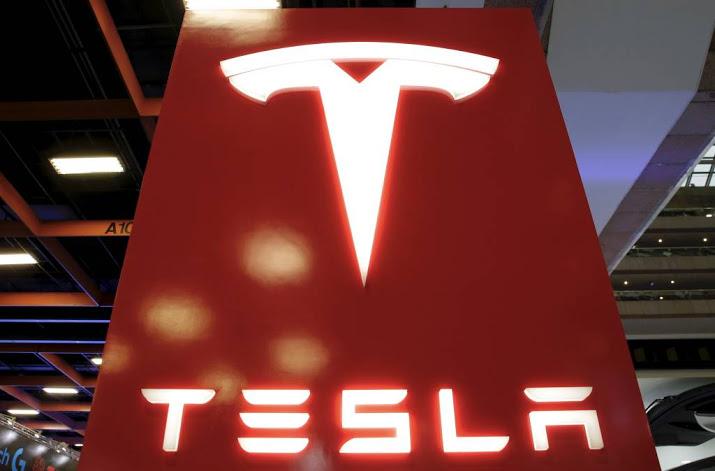 'Fataal ongeluk Tesla kwam door bestuurder'.