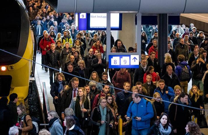 Kortdurende chaos na ongeval op spoor bij Den Haag.