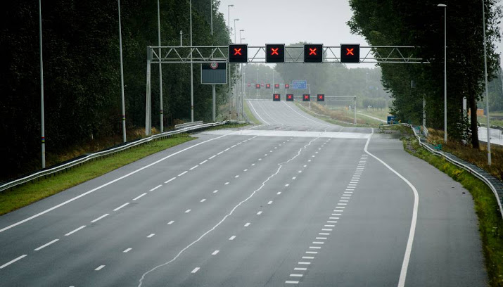 A12 richting Utrecht dicht door ongeluk.