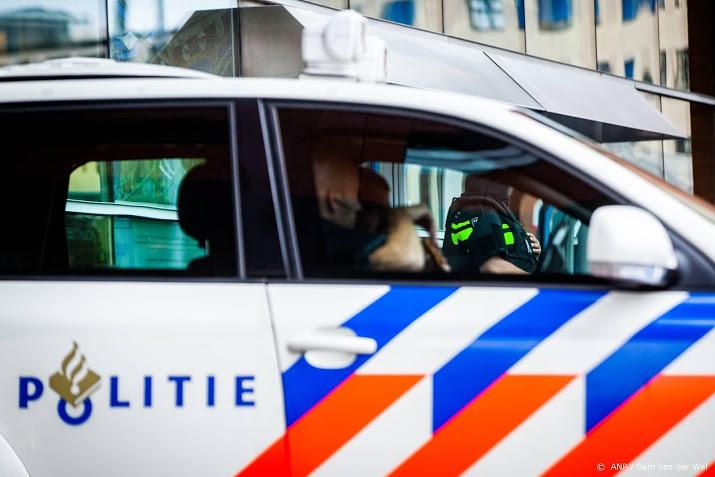 Gewonden bij ongeluk met politieauto op A2.