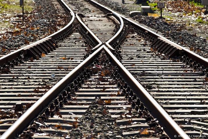 Gewonden door botsing trein met vrachtwagen.