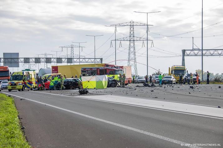 Drie doden door ongeval op A2.