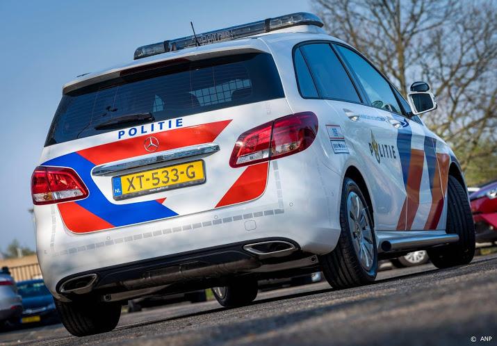 Rotterdam - Achtervolging eindigt in aanrijding met politiewagen.