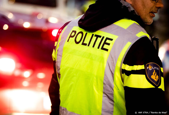 Twee mannen overleden na botsing in Friesland.