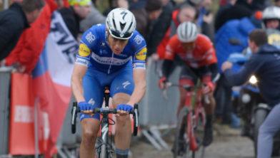 Nikki Terpstra tijdens de door hem gewonnen Ronde van Vlaanderen in 2018
