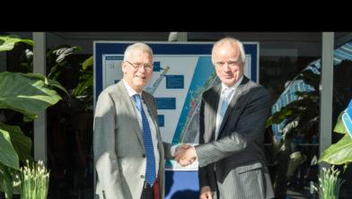 Wethouder Jan van Eijsden en directeur Leisurelands Erik Droogh.