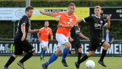 Elroy Martens in actie voor FC Horst