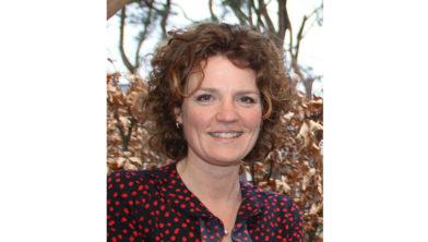 Dorpsdichter Sarah Scholts.