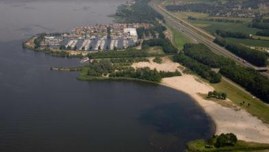 Het strand zoals het was tot 2012, volgens Margot van Looijengoed.