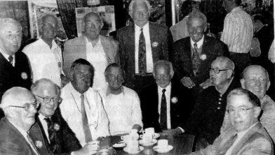 Oud-leden van DVS'33.