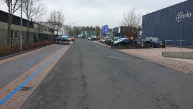 De weg Kerkdennen op bedrijventerrein Kerkdennen.