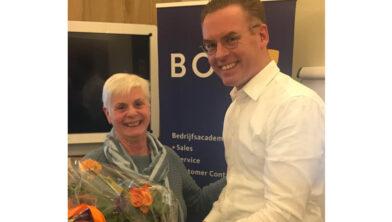 Organisator Gonny Otter uit Harderwijk samen met docent Peter Janssen uit Hengelo.