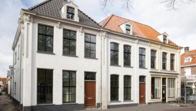 Een hoogwaardige, ruime nieuwbouwwoning in het centrum van Harderwijk.