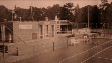 Het nieuwe clubhuis van Irminloo in 1995.
