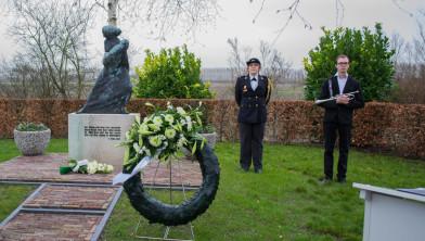 Archieffoto van Watersnoodramp herdenkingsdienst in Oude-Tonge