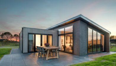 Een bungalo van Roompot Park Zeedijk