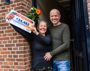 Postcode Loterij 1 miljoen Stellendam cheque winnaars