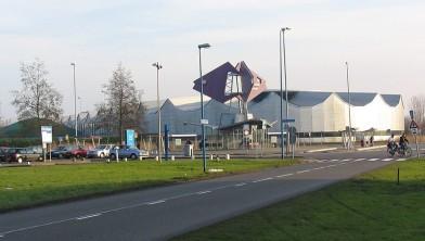 Openingstijden Zwembad Kardinge.Verruimde Openingstijden Zomervakantie Sportcentrum Kardinge