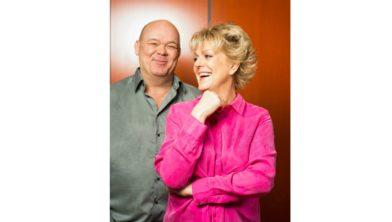 Paul de Leeuw en Simone Kleinsma.
