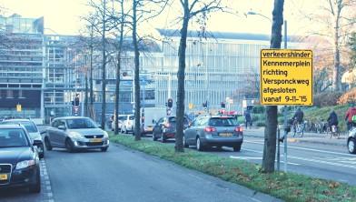 Kennemerplein bij het station van Haarlem aan de noordzijde.