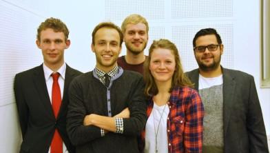 Vijf van de zes bestuursleden van de Jonge Socialisten.
