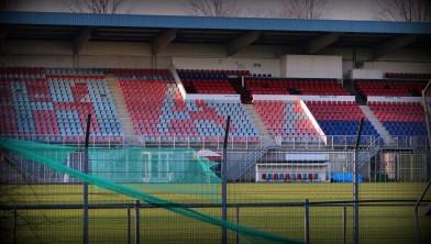 Hoofdtribune van het stadion van Haarlem.