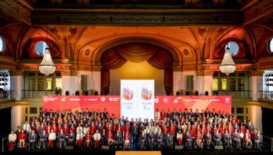 Groepsfoto van alle Rio-sporters.