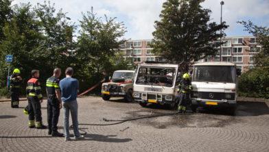 Grote schade aan deze wagens na een brand.