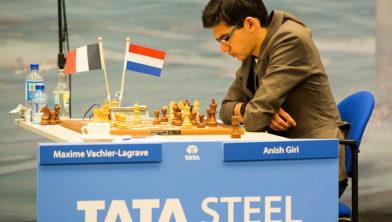 Giri tijdens het Tata-toernooi.