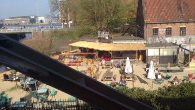 Centraal gelegen aan het Spaarne in Haarlem.