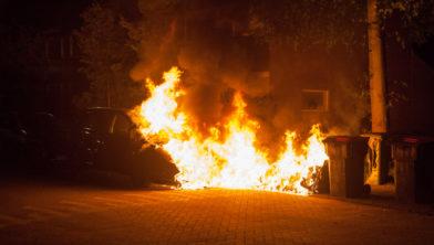 Een van de autobranden.