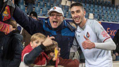 Matchwinner Reda Kharchouch deelt z'n geluk met zijn fans