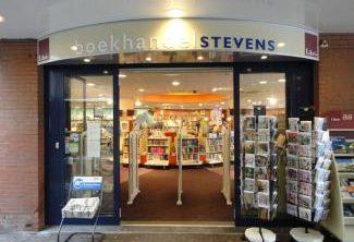 Entree van boekhandel Stevens