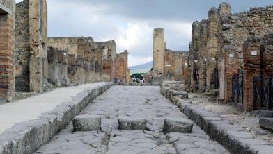 Tweeduizend jaar oud 3D zebrapad in Pompeï
