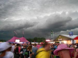 Donkere wolken Pinkpop 2014