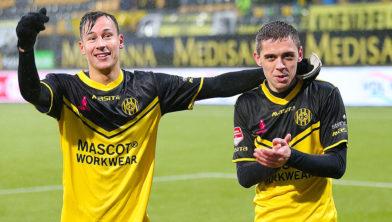 De doelpuntenmakers: Mario Engels (l) en Mitchel Keulen