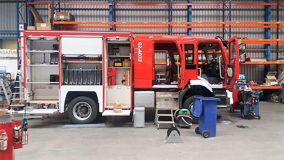 Brandweer krijgt nieuwe tankautospuit