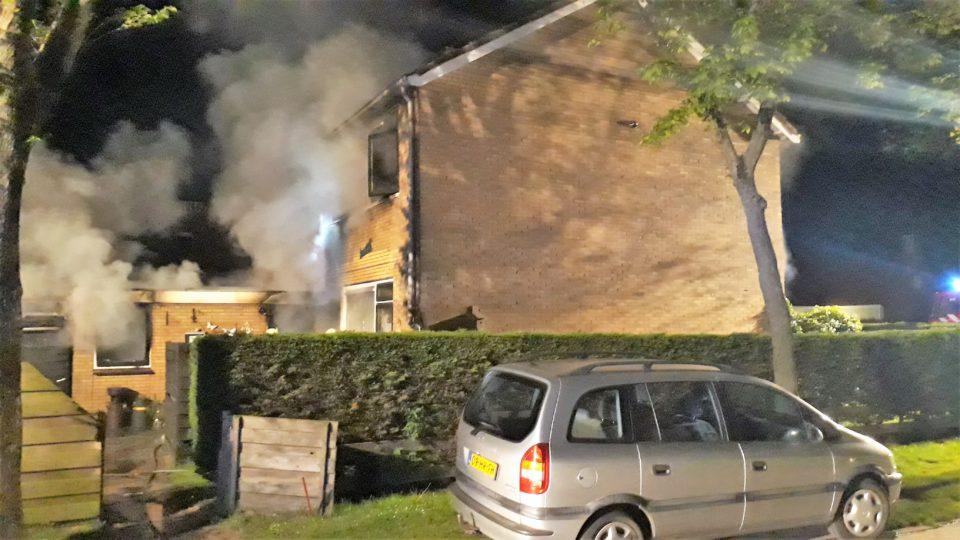 Brand Nes: nog één slachtoffer ernstig gewond