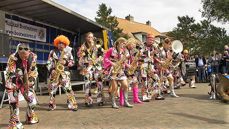 Zaterdag Muzikaal Bootwateren in Hollum