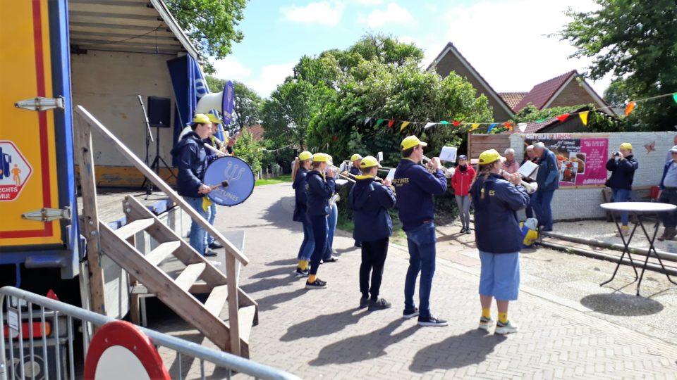 Muzikaal Bootwateren trekt honderden bezoekers