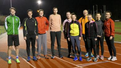 De trainingsgroep met trainer Edwin Voets van av Altis.