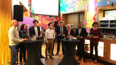 v.l.n.r.: Martijn Meeuse (SGP), Ina Vijzelman-Waarheid (Actief), Ben van Koningsveld (CDA), Jan Gerritsjans (Amersfoort2014), Harun Keskin (PvdA), Marijke Jongerman (SP), Jelle Hengeveld (VVD), Linda van Tuyl (GroenLinks), Farid Bouchtaoui (D66) en Simone Kennedy (ChristenUnie).