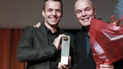 Theo Slotboom (links) en Ed van den Bor (rechts) winnen de Gouden Parel Amersfoort 2019