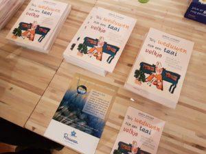 Boekpresentatie van auteur Maya Stomp