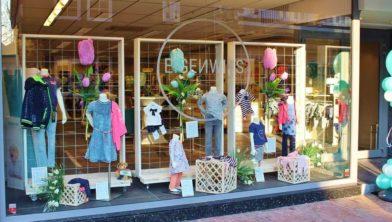 Eigenwijs Kinderkleding.Eigenwijs For Kids Kinderkledingszaak In Hartje Kerkrade