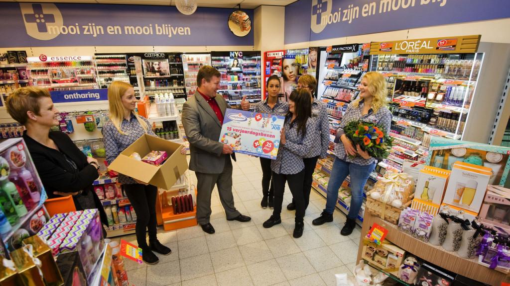 Nedeland, Nijkerk, 4 nov 2015Opening Trekpleister filiaal ijkerkFoto: (c) Michiel Wijnbergh