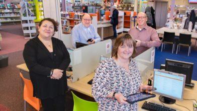 Vier docenten van de nieuwe cursus Digisterker v.l.n.r. Marja Lindeman, Ruurd Okkerse, Aartje Burger en projectleider Peter Zwart (afwezig: Aart Markies)