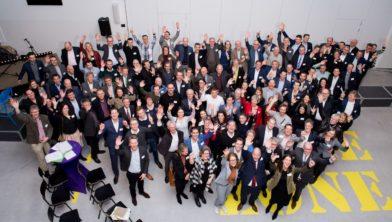 13 Februari 2019 - Rabo Circular Economy Challenge - Technova College Ede  De Rabobank helpt haar klanten om stappen te zetten in de circulaire economie. Met de Rabobank Circular Economy Challenge dagen regionale Rabobanken haar klanten uit om met een circulair ondernemersbril te kijken naar hun eigen businessmodel en deze circulair te maken.  Samen met MVO Nederland en KPMG stimuleert de Rabobank ondernemers om circulair te ondernemen.